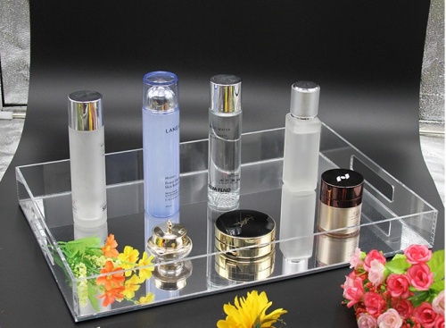 Makeup storage tray