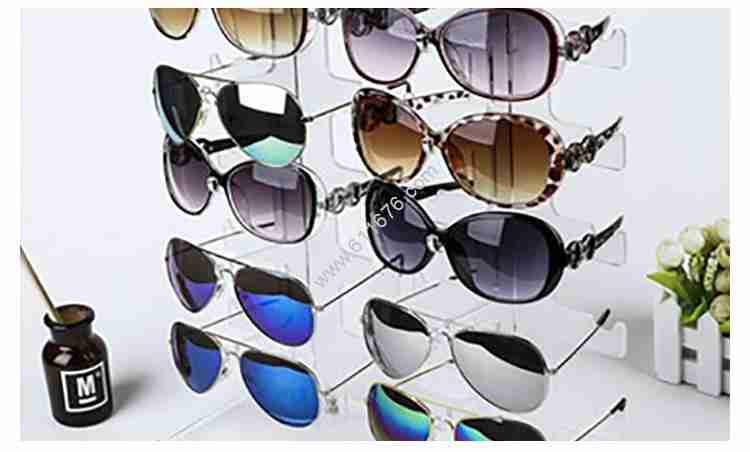Custom plexiglass glasses display stand
