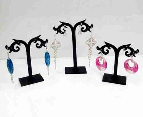 Acrylic earring hanger design