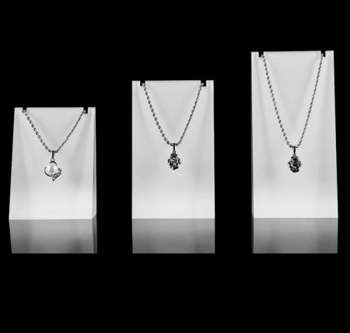 wholesale acrylic necklace holder