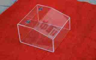 How to choose high quality acrylic food box?